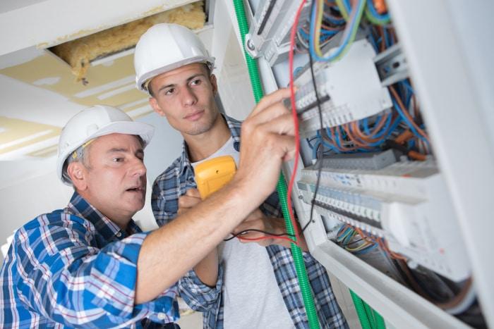 manuteo : les habilitations électriques